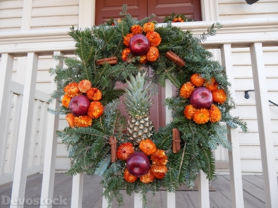 Devostock Wreath Holiday Decorations Nture 4K