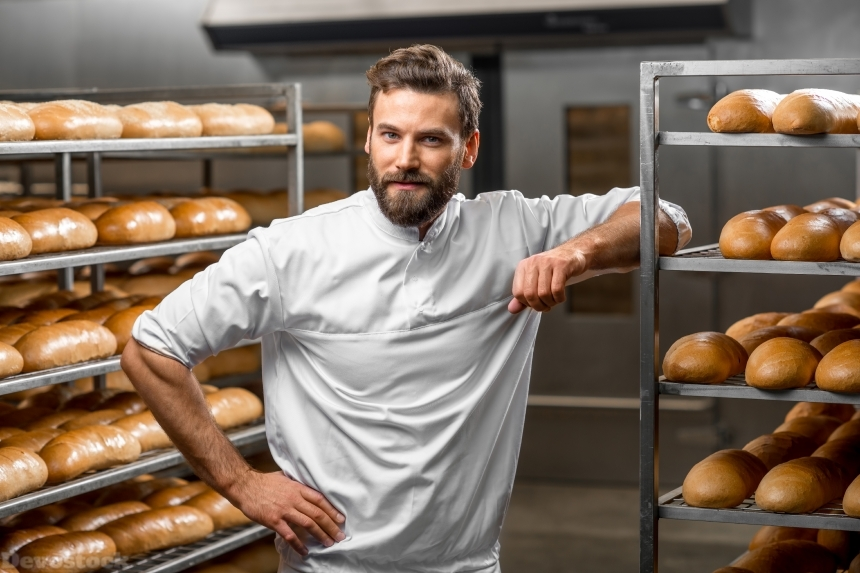 Devostock Beard Man Fresh Bread Glance Cook 4K