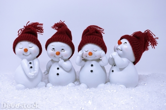 Devostock Cute Four Snowmen Face Expressions Dolls 2019 4k