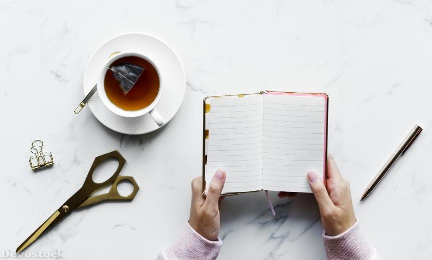 Devostock Education Relaxing Open Notebook Tea Scissors 4k