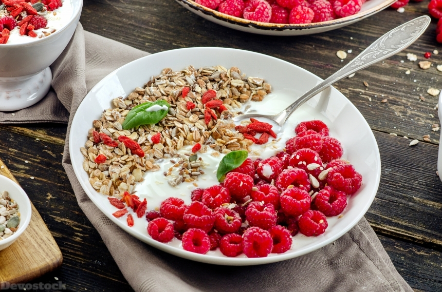 Devostock Muesli Raspberry Yogurt Plate Spoon 4K