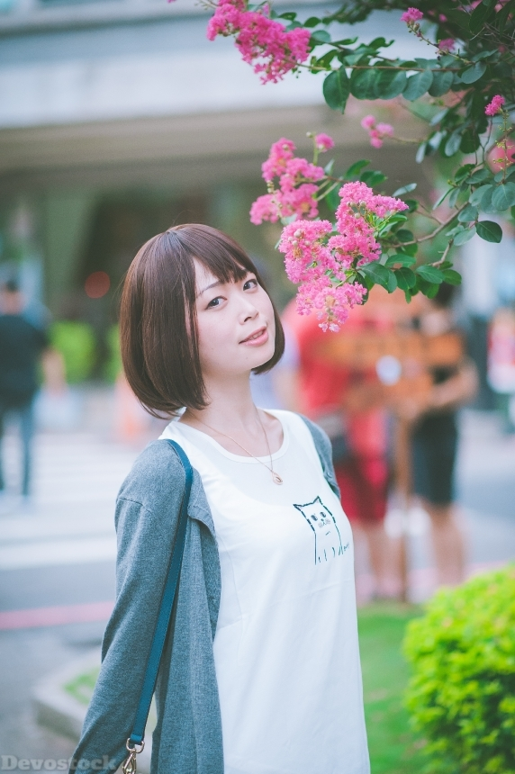 Devostock Outdoor Flowers Taiwanese Girl Tree Eyes 4k
