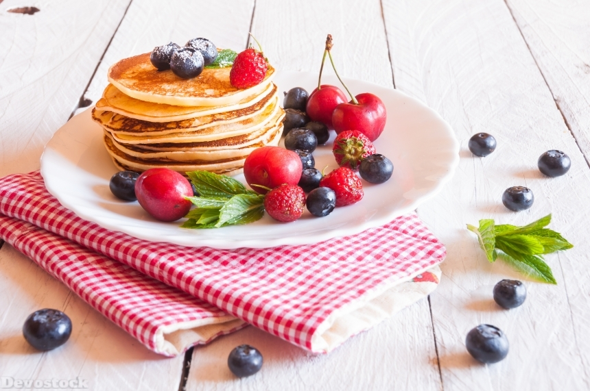 Devostock Pancake Berry Blueberries Plate Food 4k