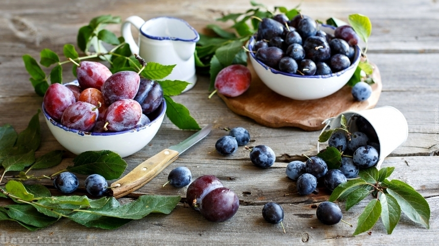 Devostock Plums In Bowls And Scattered On Boards 4K