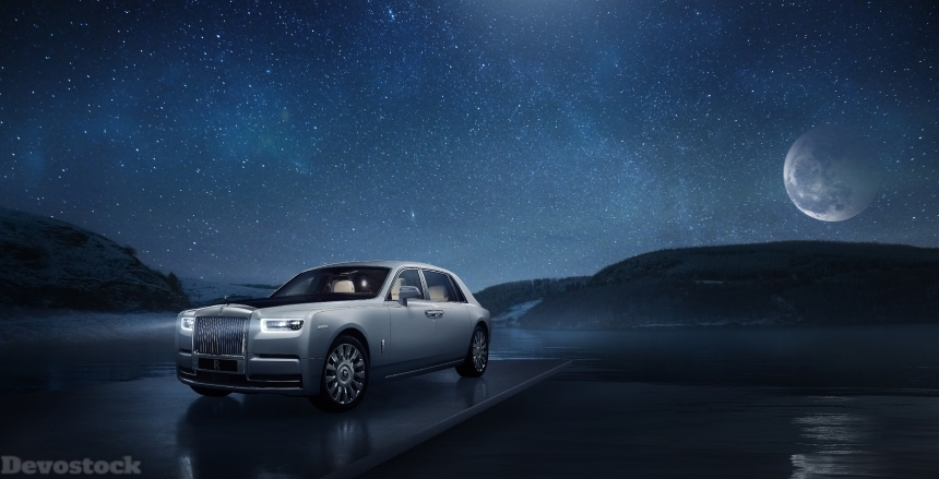 Devostock Rolls Royce Phantom Tranquillity Night White 4K