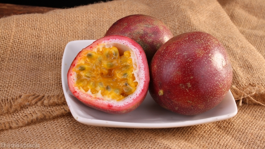 Sweet and sour passion fruit photos  (7)